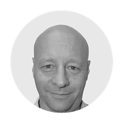 Shipleys GmbH - Kempf Werbetechnik - Referenzen - Michael Schlaucher - MOS myoptikerschlaucher